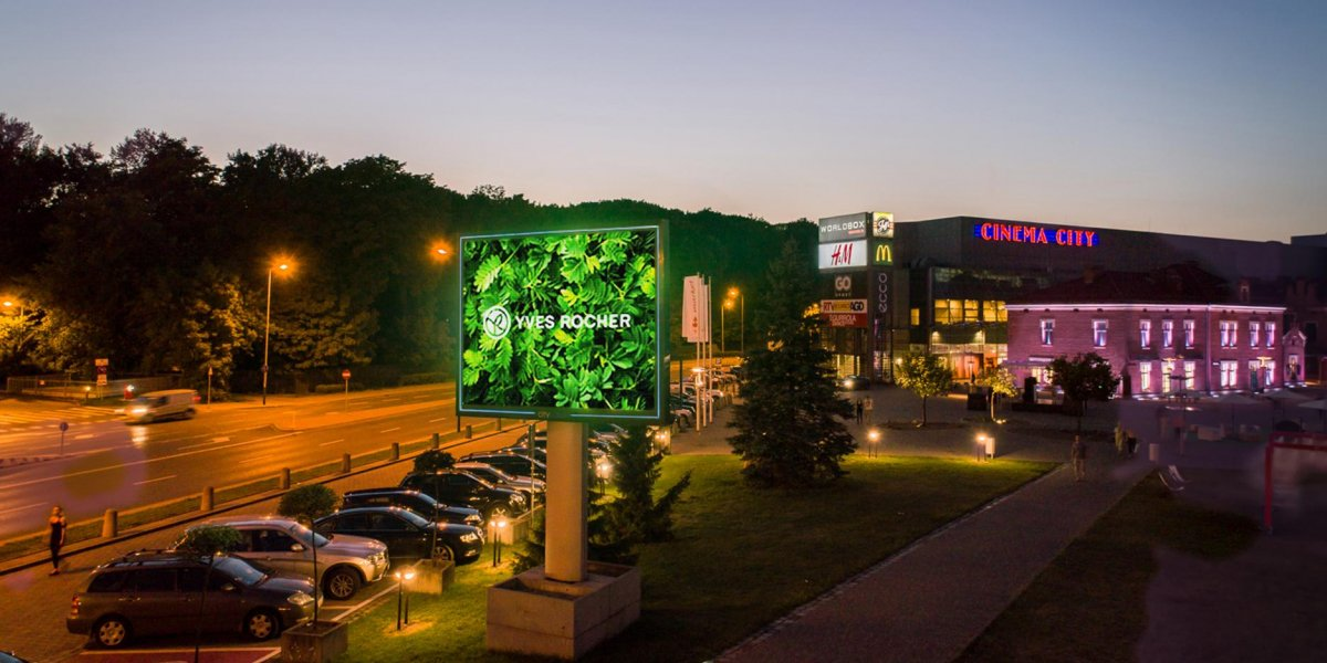 Yves Rocher. Rozwiązania multimedialne. Digital Signage. Ekran LED.