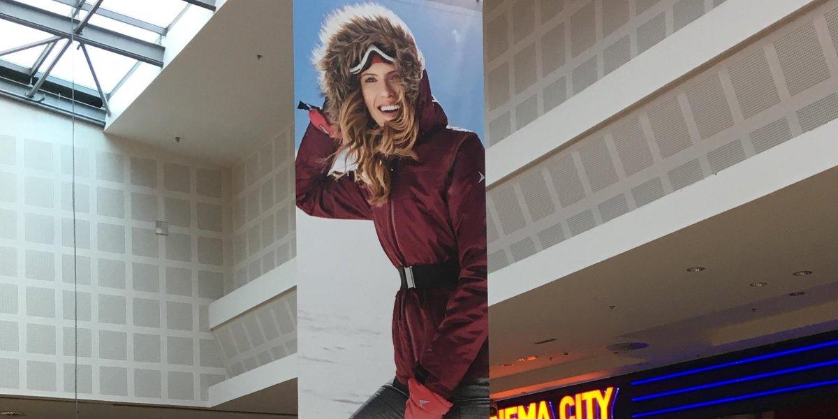 Outhorn. Wydruki wielkoformatowe. Materiały reklamowe. Hanger reklamowy. Banner blockout I CITY. Ekspert komunikacji wizualnej